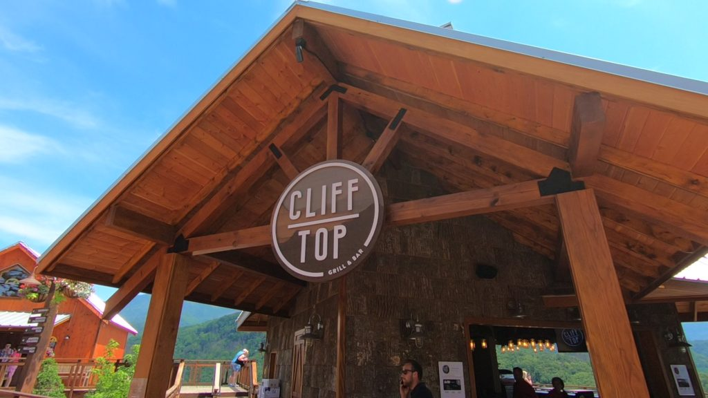 Cliff Top Grill and Bar - Moment.jpg 16